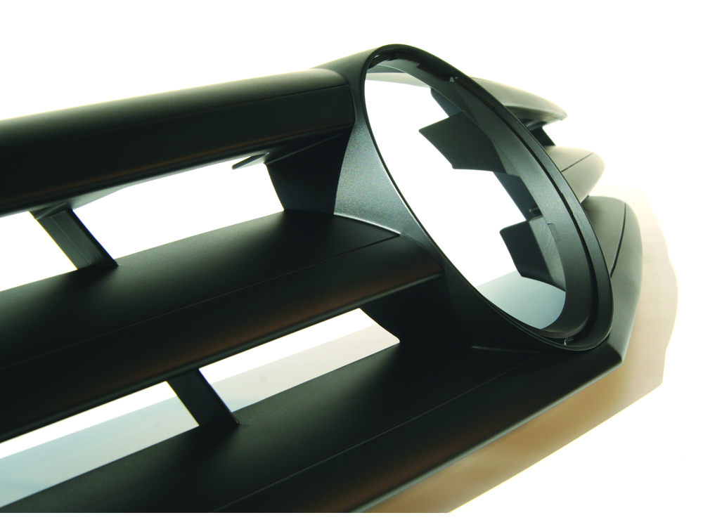 Afgewerkt SLA model gril Mercedes CLC